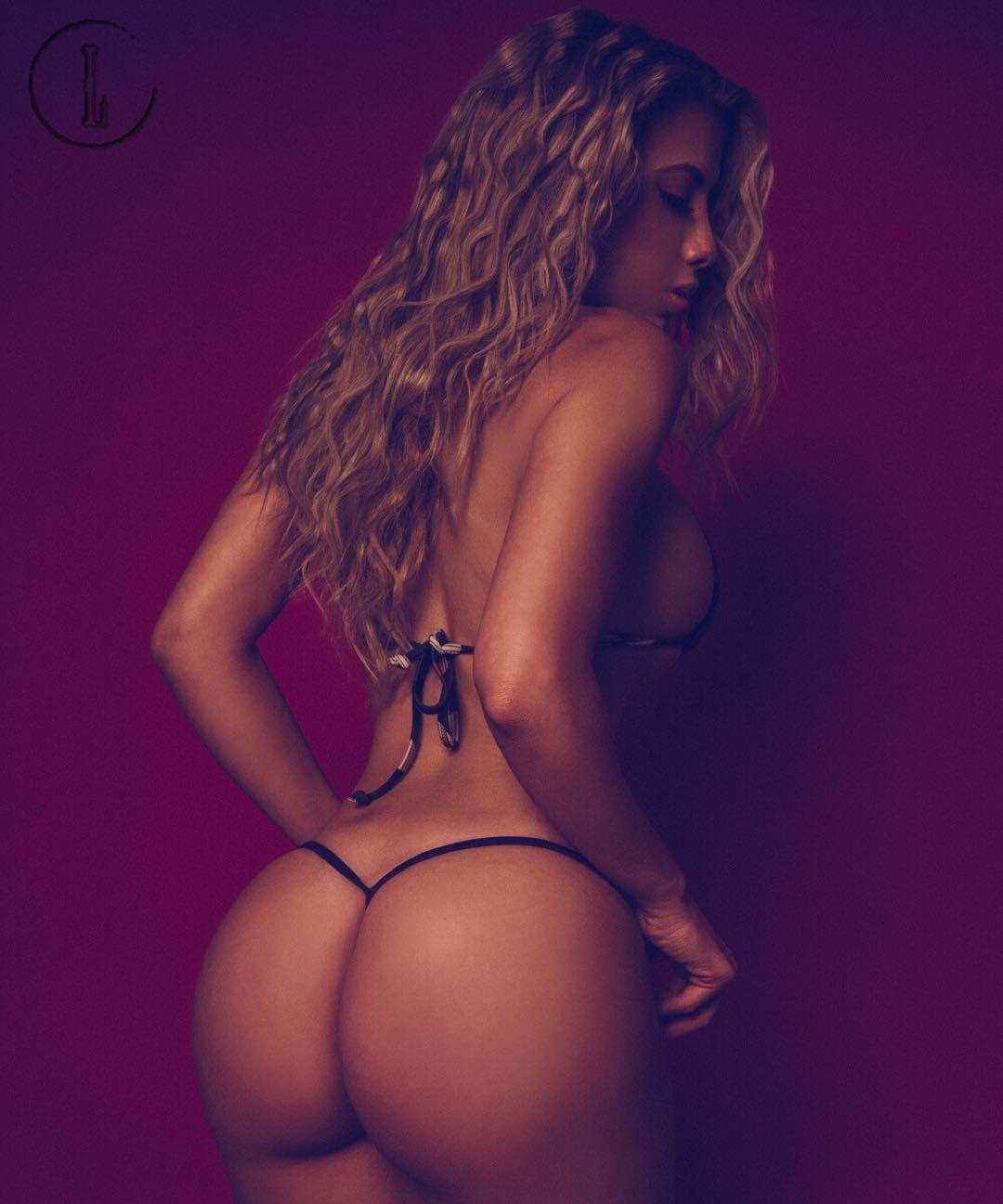 Orsini topless valeria Valeria Orsini