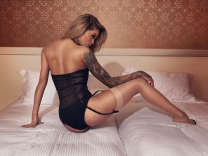 amateur photo Arabella, stunning in black lingerie