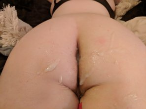 amateur photo [F] Covered my ass and asshole in cum! Anyone want to clean it up or add to the mess?