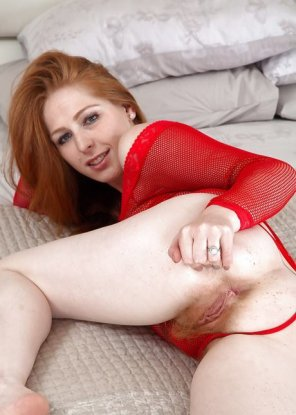 amateur photo Red spread...