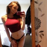 amateur photo Red top