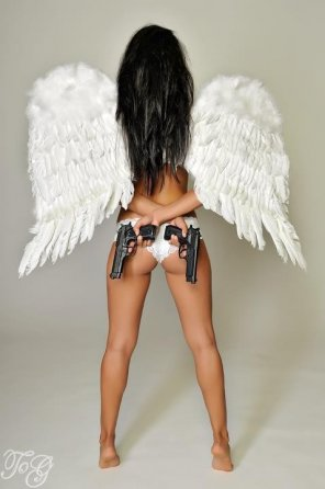 amateur photo Armed angel