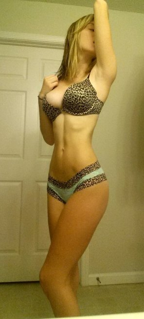 amateur photo Thin blonde in leopard print