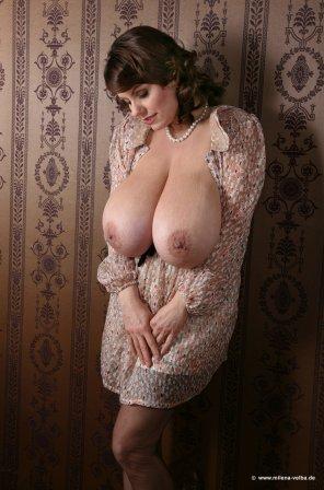 amateur photo Milena against vintage wallpaper