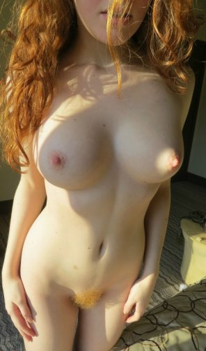 amateur photo Perky...