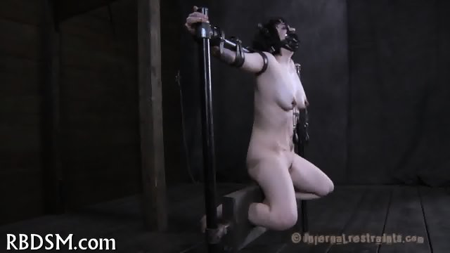 Tainting twat with torture