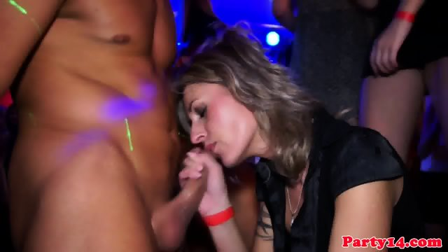 European amateur jerks cumshot from cock