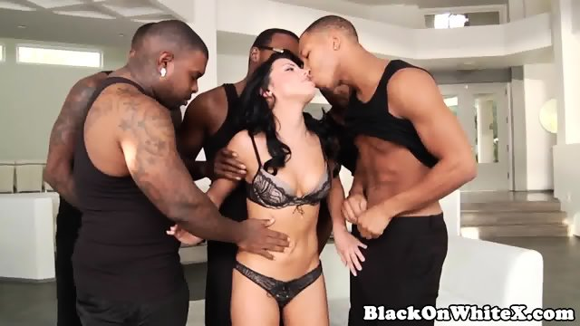 Catalina cruz gangbang