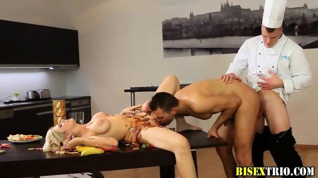 Bisex hunk anal rammed