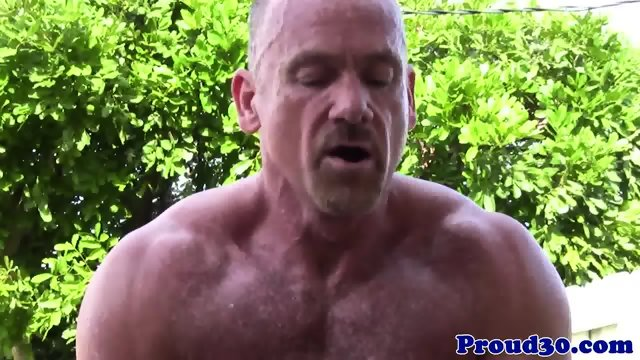 Muscular guy assfuck his gf on webcam 4