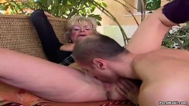Brunette Loves Sucking Cock