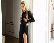 Charming Blonde Presents Her Gorgeous Body - scene 1