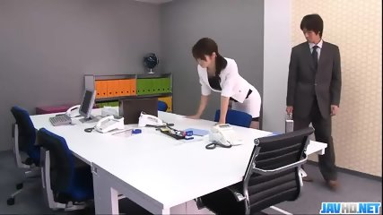 Subtitles - Beautiful Maki Hojo Fucked Hard In Office - scene 1