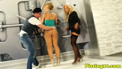 Wam Pissloving Models From Europe In Threeway - scene 4