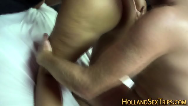 Busty prozzie gets oral
