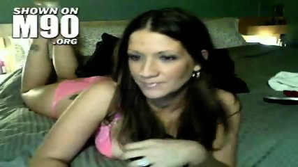 Hot brunette babe shows her body - scene 1