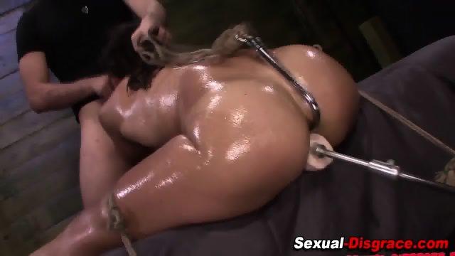 Bdsm slut gets facialized
