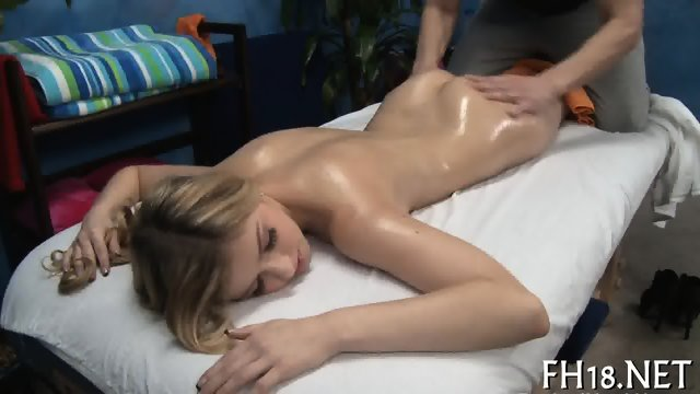 Creampie delight with hot nubile