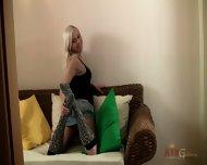 Blonde Babe Dulsineya Plays With Her Body - scene 3