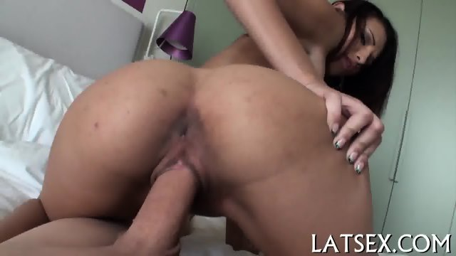 Bewitching beautys magical blowjob
