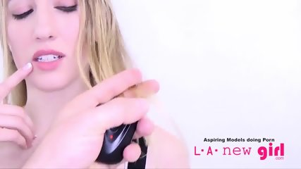 CLASSY BLONDE SUCKS COCK AT AUDITION PHOTO SHOOT - scene 8