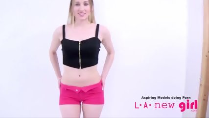 CLASSY BLONDE SUCKS COCK AT AUDITION PHOTO SHOOT - scene 6