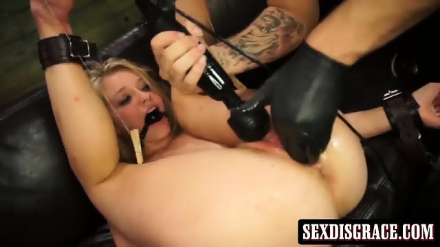 Charming chick Allie Rae gets kinky and nasty wtih sex toys - scene 6