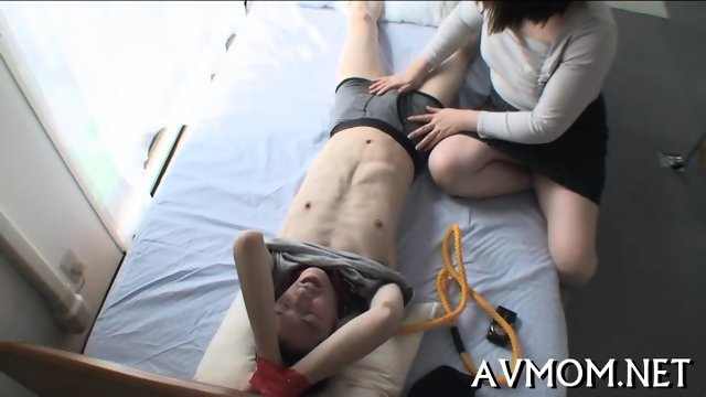 Milf gets tripple teamed - scene 1