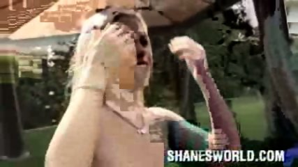 Shanes World -cool orgy poolside