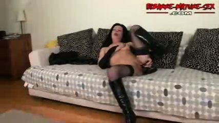 Mature in a couch enjoy alone - scene 9