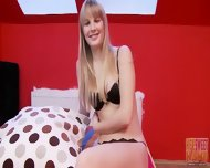 Amateur Blonde's Delicate Mouth - scene 1