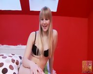 Amateur Blonde's Delicate Mouth - scene 2