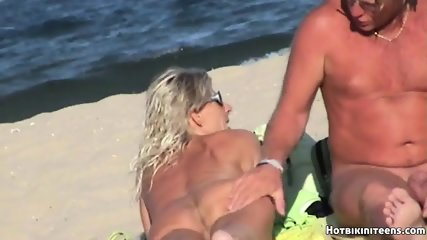 Beach Voyeur Nude Females Spy Cam HD Video - scene 9