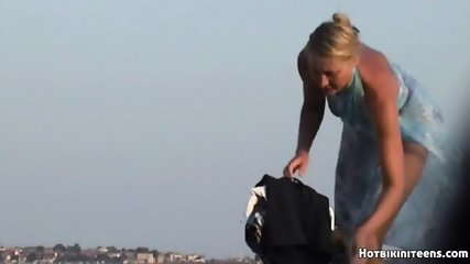 Beach Voyeur Nude Females Spy Cam HD Video - scene 5