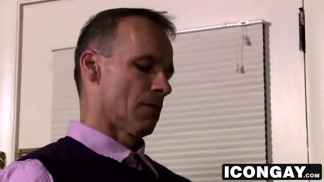 Hairy guy Brendan Patrick loves Rodney Steeles big cock