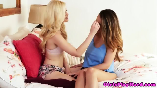 Lesbian beauty fingering smalltitted bff