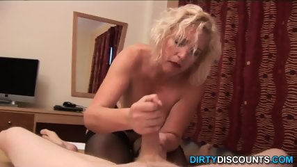 Mature Brit Wanking Off Bloke - scene 10
