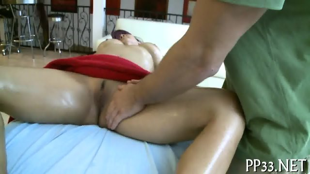 Cumshot delight for nubile babe