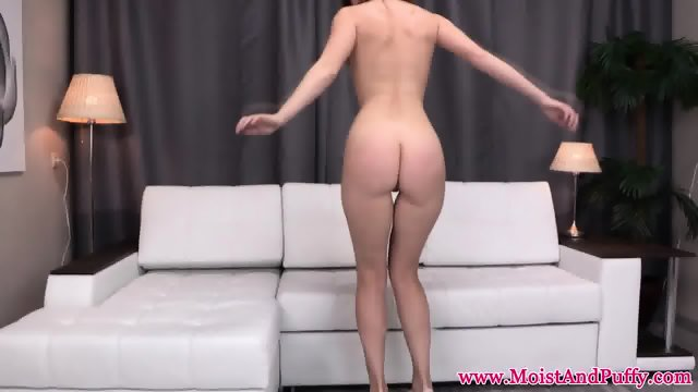 Pretty pussy babe analplay and watersports