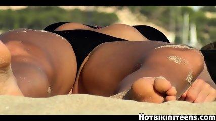 Hot Bikini Girls Spy Cam HD Video Voyeur - scene 3