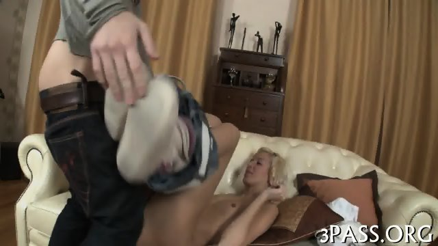 Subduing babes hot pussy