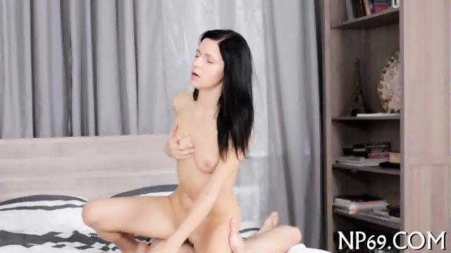 Battering beautys hot fuck hole