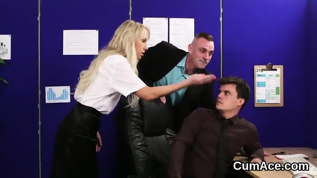Foxy honey gets cumshot on her face eating all the sperm - scene 2