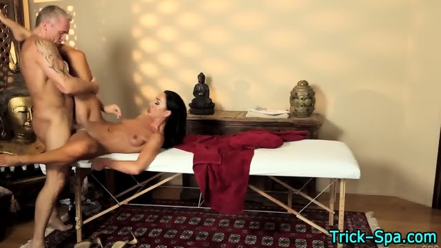 Sexy babe sucks masseur - scene 3