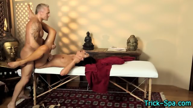 Sexy babe sucks masseur - scene 4