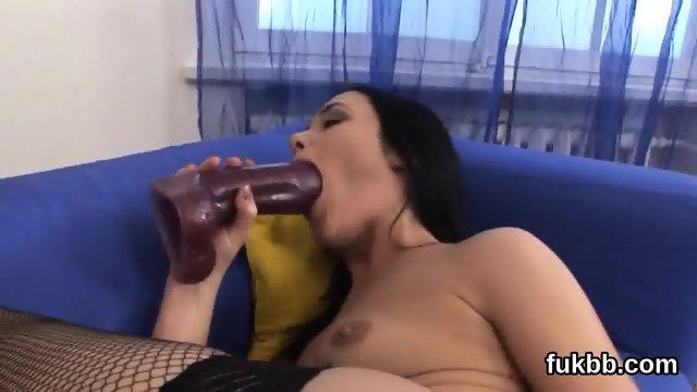 Flirty honey gapes her vagina and loves hardcore sex - scene 6