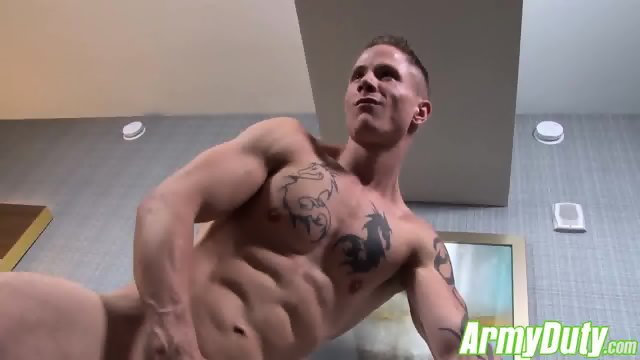 Guy Houstons sexy butt is all muscle firm and very plump - scene 9