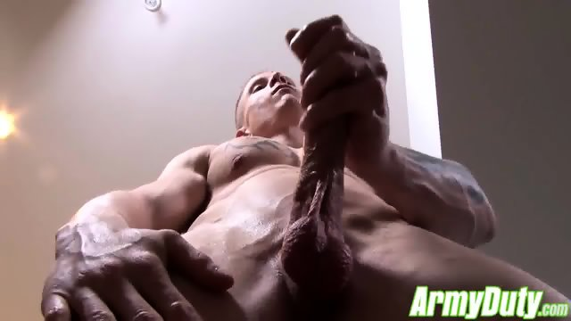 Guy Houstons sexy butt is all muscle firm and very plump - scene 5