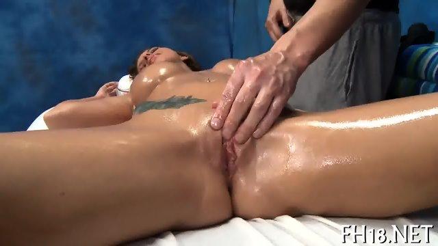 Firing up a dormant pussy - scene 7