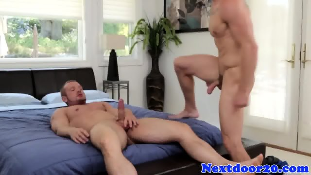 Straight hunk blows his load on muscular ass - scene 7